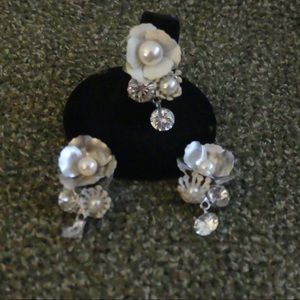 Jewelry - Pearl/crystal Ring and Earring set
